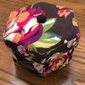 Vera Bradley English Rose Keepsake Box/ Jewelry